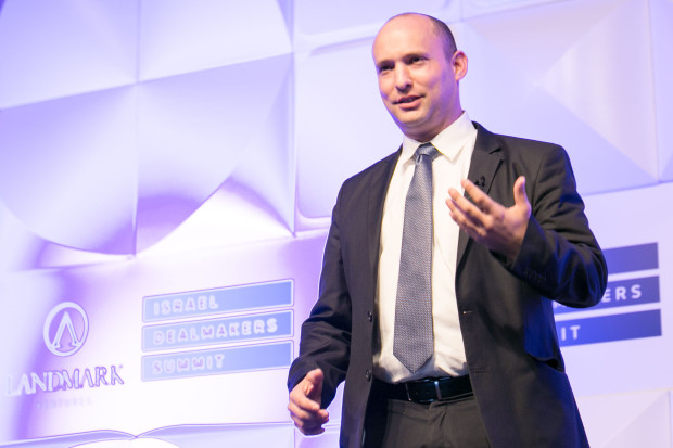 Naftali-Bennett-Israel-Minister-of-Economy-Israel-Dealmakers-Summit-photo-by-Jeffrey-Holmes-New-York-event-photographer